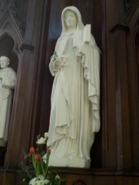 Eglise Ste-Walburge, autel latéral dédié à la Patronne de l'église