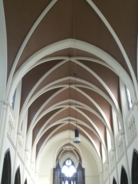 Eglise Ste-Walburge, plafond de la nef centrale