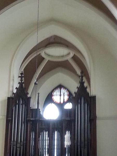 Eglise Ste-Walburge, orgue et plafond du jubé