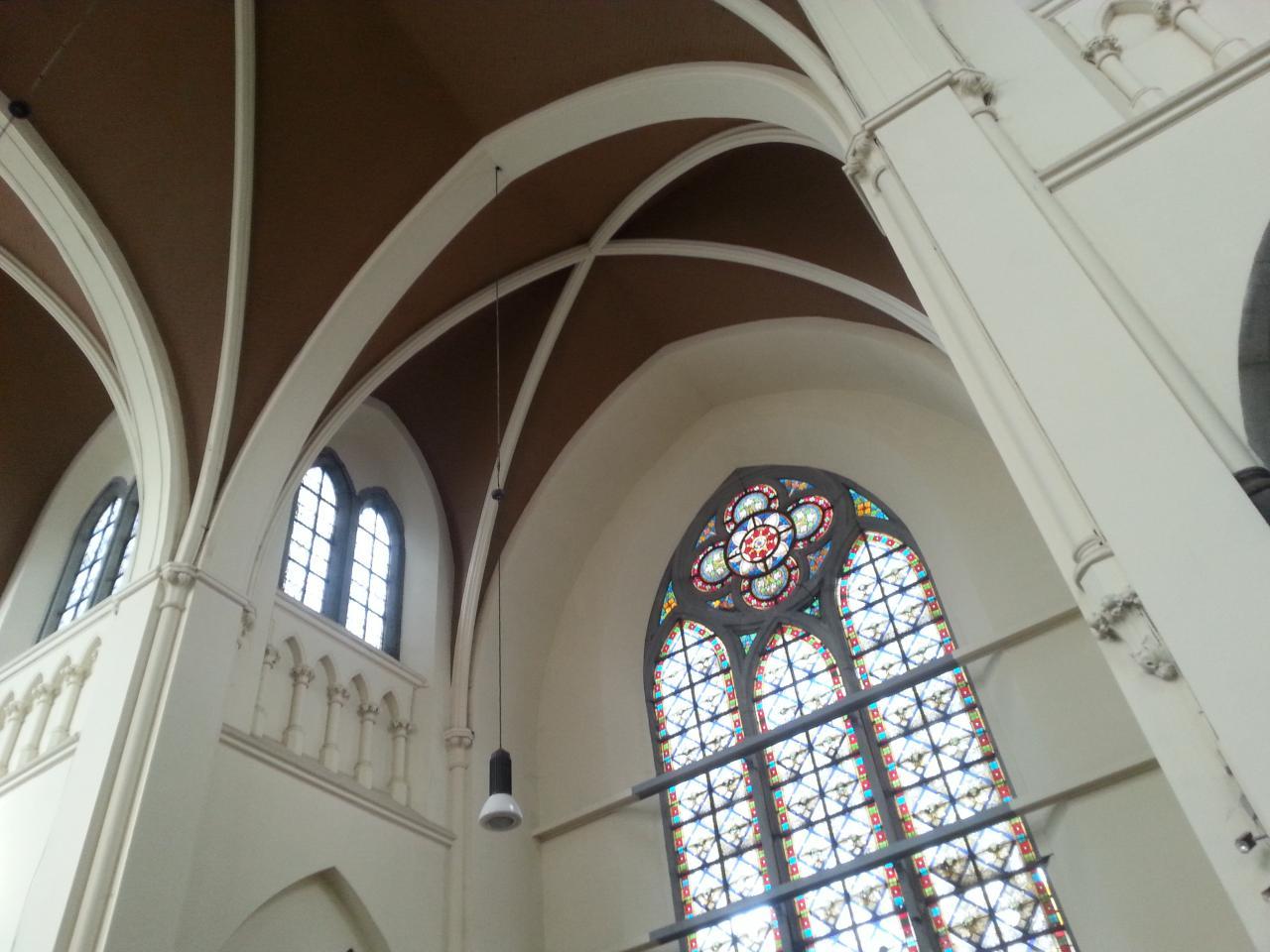 Eglise Ste-Walburge, plafond du transept