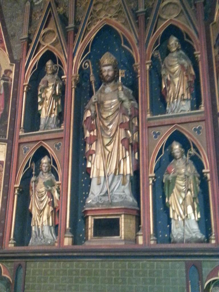 Collégiale Ste-Croix - autel de Saint Hubert