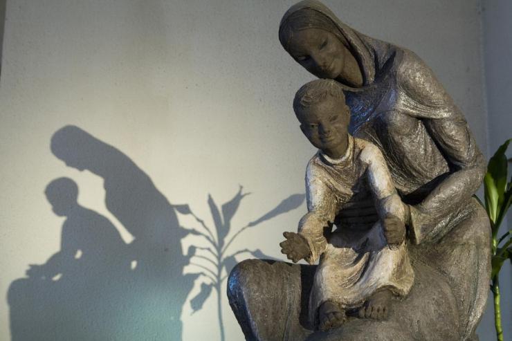 Eglise Ste-Julienne - Vierge à l'Enfant