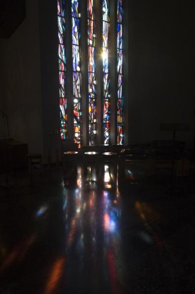 Eglise Ste-Julienne - vitrail du choeur