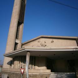 Eglise Ste-Julienne, portail d'entrée