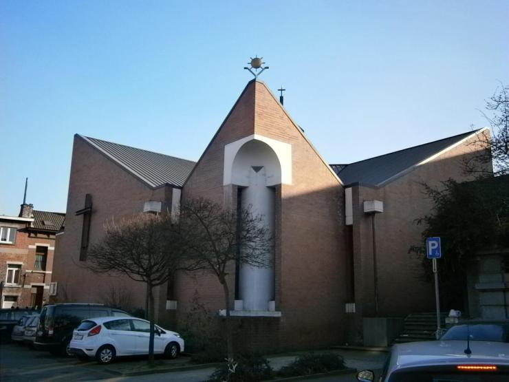 Eglise Ste-Marguerite, vue depuis la Rue Ste-Marguerite