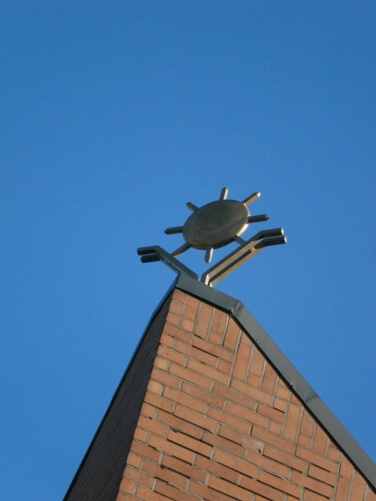 Eglise Ste-Marguerite, sommet.
