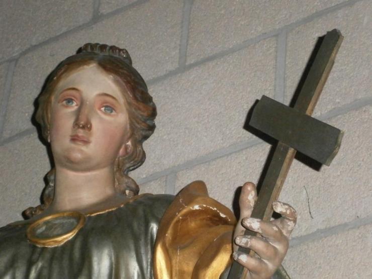 Eglise Ste-Marguerite, détail de la statue de la sainte patronne