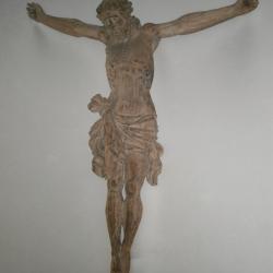 Eglise Ste-Marguerite, crucifix du choeur