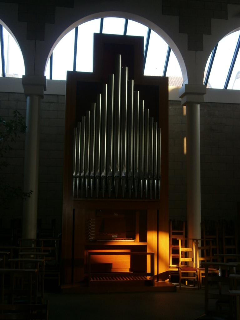 Eglise Ste-Marguerite, orgue